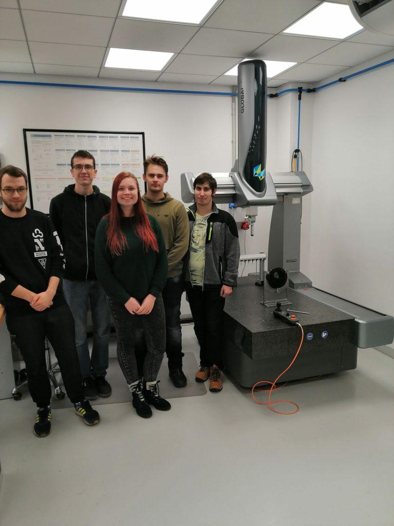 Obr1 3D měřící stroj